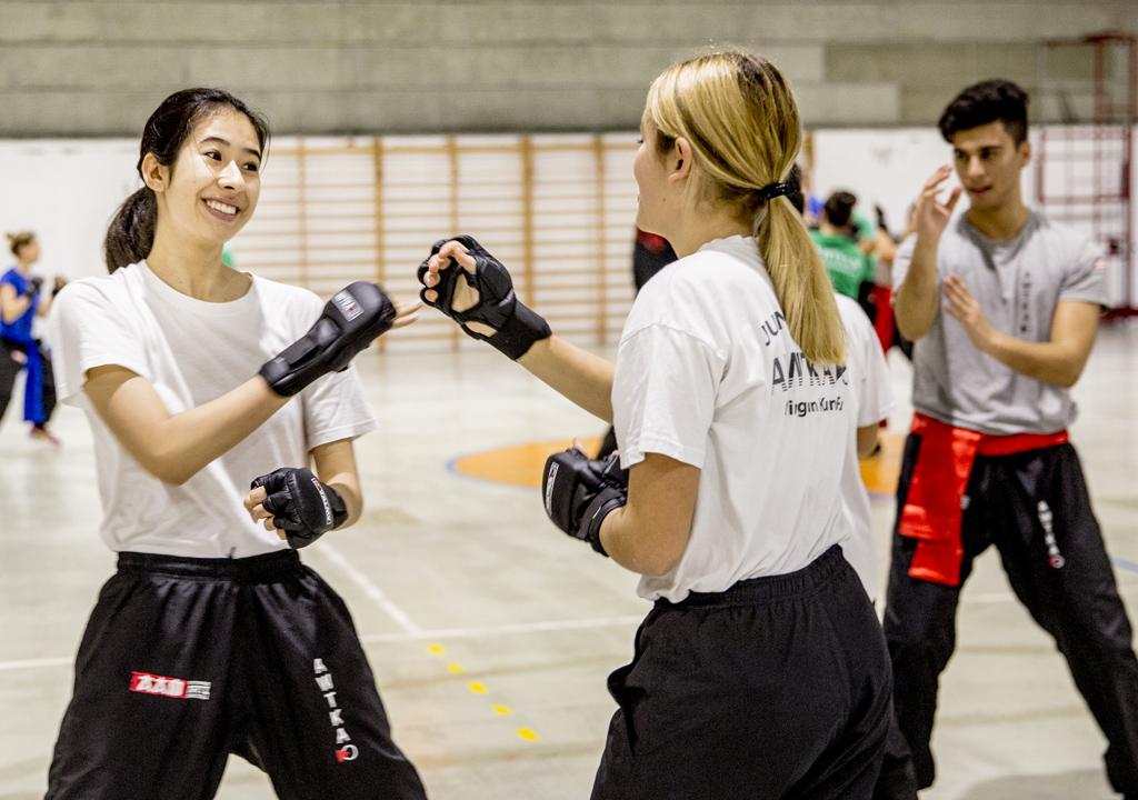 ragazzi-mega-evento-difesa-personale-wing-chun-kung-fu-accademia