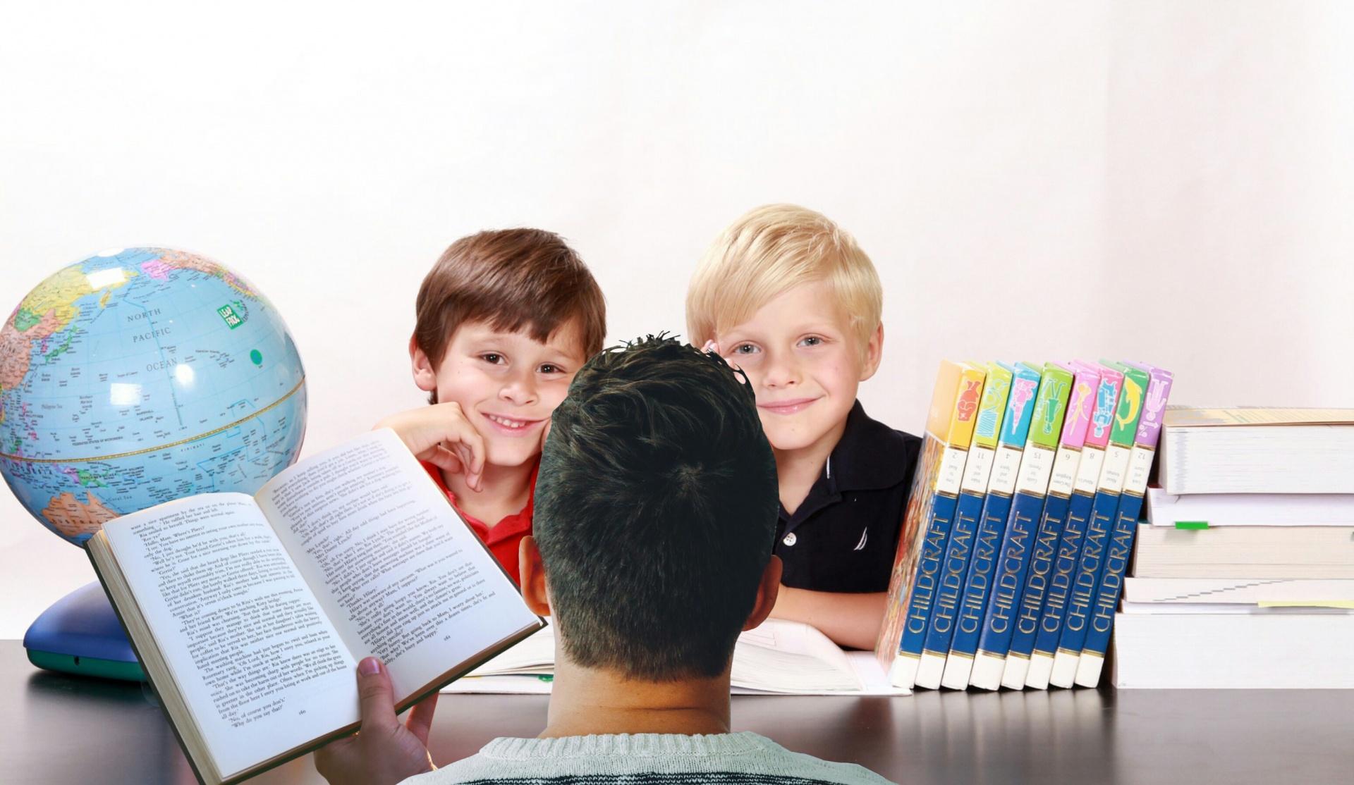 Bambini-che-studiano